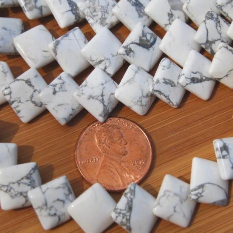 Howlite Square diamond drilled puff beads