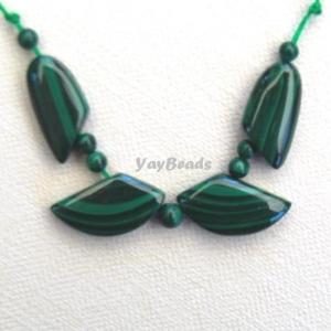 11 pc. Natural Malachite Beads Leaf Set Focal Beads Fan